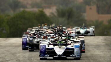 Saudi Arabia to host Formula E's first night race