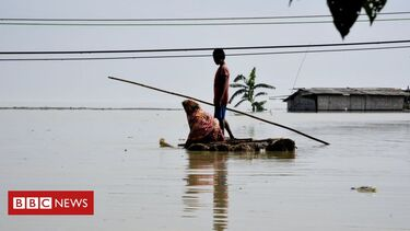 Heavy rain submerges thousands of Indian villages