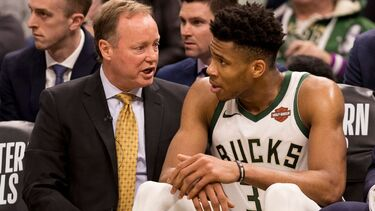 Bucks' Mike Budenholzer, Thunder's Billy Donovan tie for NBCA coaching award