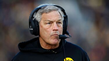 Iowa's Kirk Ferentz scoffs at Nebraska's gripe over clapping from sideline