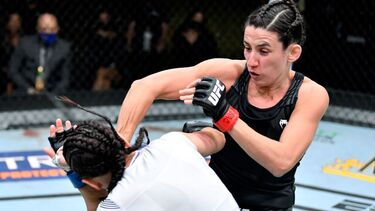 Marina Rodriguez overcomes travel woes with dominant UFC win over Michelle Waterson
