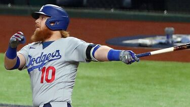 Justin Turner ties Duke Snider atop Dodgers' postseason home run list with 11