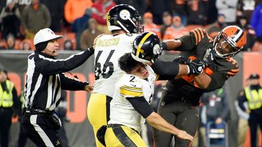 Source -- Browns' Myles Garrett points to '13 Antonio Smith ban during appeal