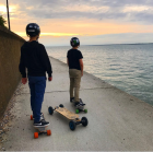 What kind of experience can an electric skateboard bring you?